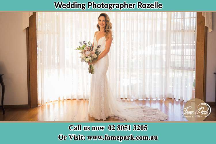 Photo of the Bride holding flower bouquet Rozelle NSW 2039